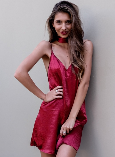 Sexy Sleeveless Spaghetti Strap V Neck Chemise Evening Party Dress