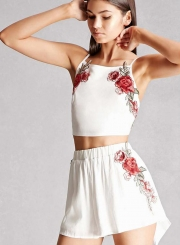 Women's Fashion Floral Embroidery Spaghetti Strap Crop Top and Shorts Set