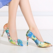 Women's High Heels Rhinestone Pointed Toe Floral Pumps
