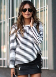 Women's Fashion Stripe Long Sleeve Loose Fit Pullover Sweatshirt