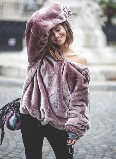 Loose Fit Velvet Pullover Hoodie