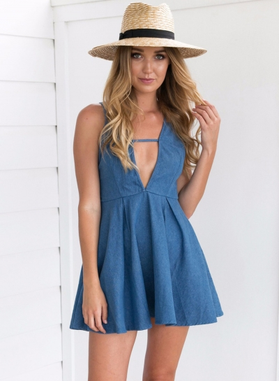 Fashion Deep V Neck Sleeveless Solid Color Dress