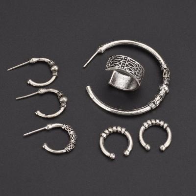 Fashion Alloy Circle Ring Seven Pieces Set Erarings stylesimo.com