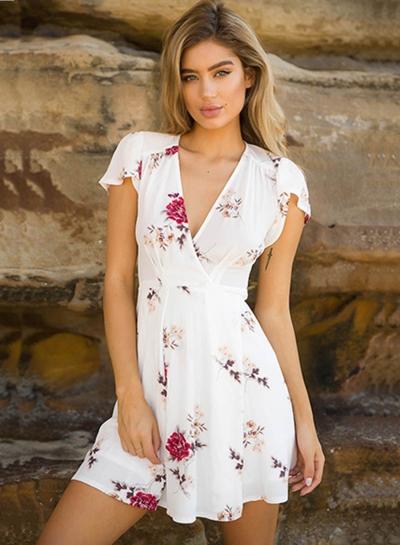 V Neck Floral Printed Day Dress Holiday Dress
