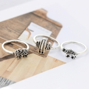 Fashion 12 Pieces Leaf Feather Round Finger Rings Multiple Sets Of Rings