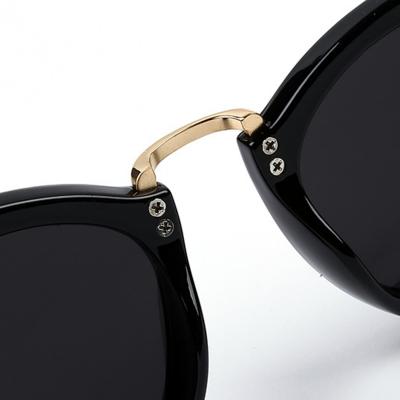 Women's Fashion Plastic Resin Rhinestone Cat Eye Sunglasses stylesimo.com