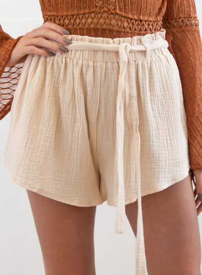 Women's Fashion Solid Loose Fit Shorts with Belt