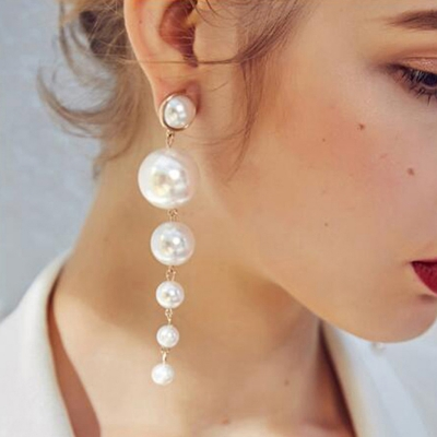Fashion Alloy Six Pearls Tassel Drop Earrings
